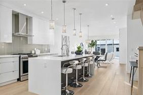 2025 50 Ave SW